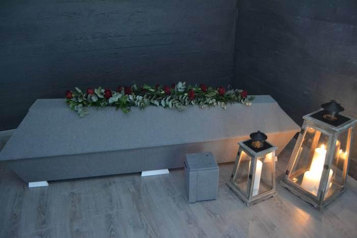 Helmililjan hautaustoimistosta saat valmiita hautauspaketteja